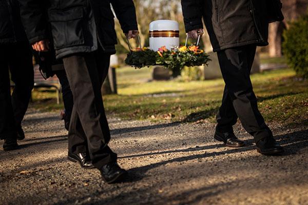Feuerbestattung Hadeler Bestattungen